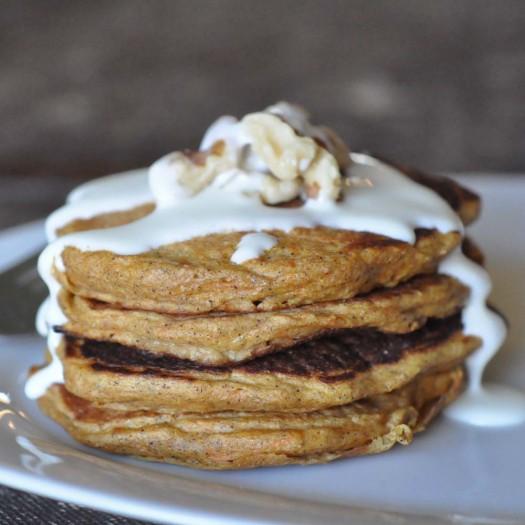 Carrot-Cake-Pancakes-525x525